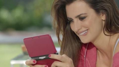 New Super Mario Bros 2 : Penelope Cruz et Mario !!!