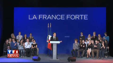 """Nicolas Sarkozy : """"la régularisation au cas par cas, c'est tout le monde"""""""