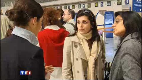Nuage de cendres : l'aéroport de Roissy fermé jusqu'à vendredi soir