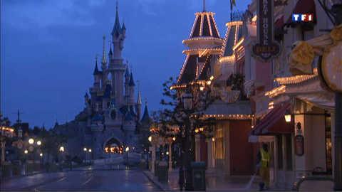 La nuit à Disneyland Paris, côté coulisse