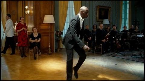 Omar Sy danse dans Intouchables (Extrait)