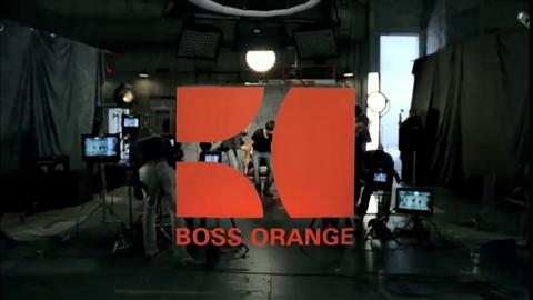 Orlando Bloom sexy pour le parfum homme Hugo Boss Orange