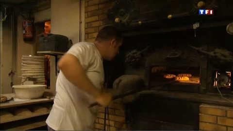 Du pain au feu de bois, la recette miracle de ce boulanger