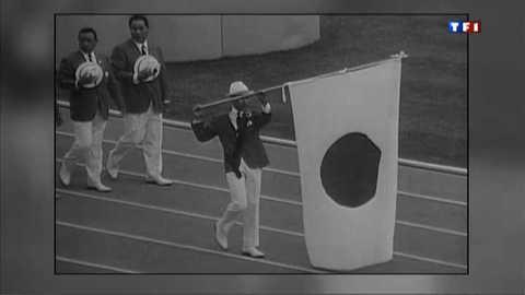 """Porte-drapeaux, la """"JO Politique"""""""
