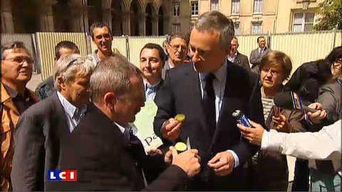 Pour réhabiliter le concombre,B. Le Maire en a mangé toute la journée