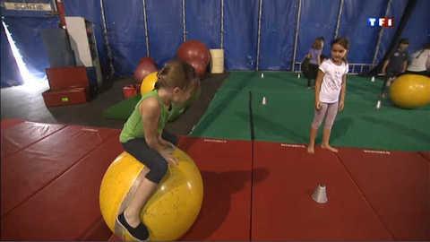 Et pourquoi ne pas inscrire vos enfants au cirque ?