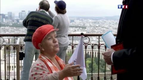 """Les premières minutes de """"Suivez le guide"""" - Joséphine Ange Gardien"""
