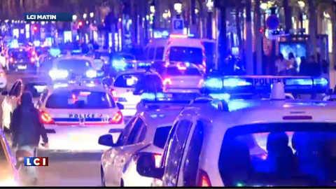 Quand les policiers en colère manifestent sur les Champs-Elysées