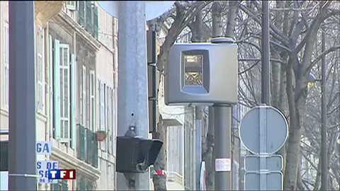 Radars au feu rouge, des PV contestés