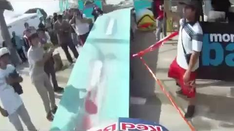 RedBull - Bike Crazy Downhill in Chile Streets