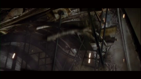 Resident Evil : Retribution - extrait Course poursuite à Moscou