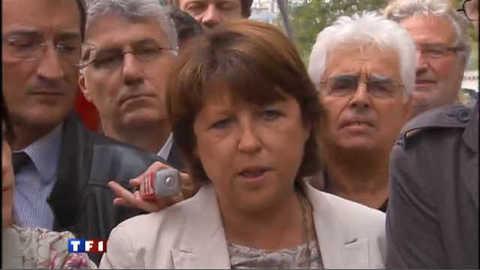 """Retraites : """"le gouvernement doit tout reprendre à zéro"""", dit Aubry"""