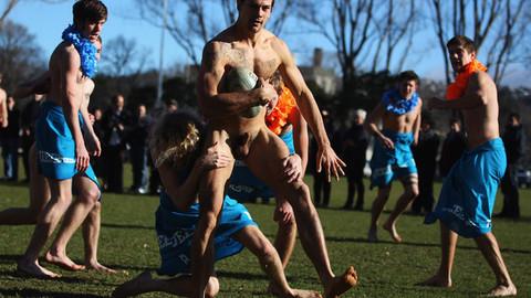 Rugby: Les all blacks jouent nus contre les Fidji