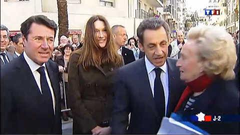Sarkozy à Nice sur les terres de la droite pour son dernier meeting