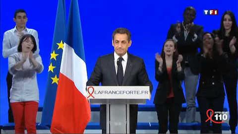 Sarkozy promet une banque pour les jeunes