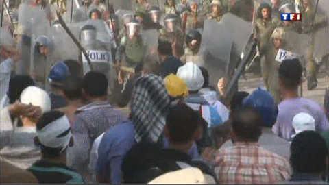 Scènes de violence au Caire