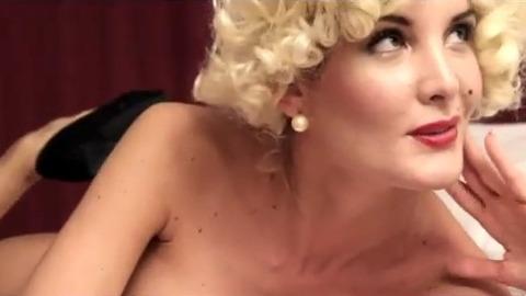 Secret Story : Marie nue dans un clip sexy