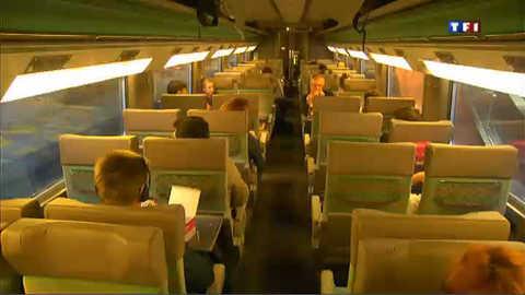 SNCF : le calvaire de 600 passagers d'un Paris-Grenoble