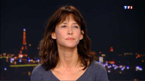 Sophie Marceau rend hommage à Claude Pinoteau