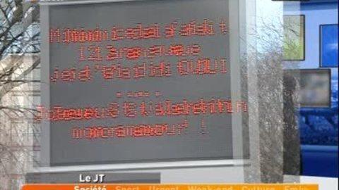 St Valentin: messages d'amour sur panneaux