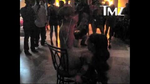 Strip-tease surprise pour l'anniversaire de Rihanna