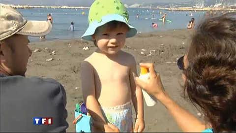 Sur la plage, attention aux coups de soleil