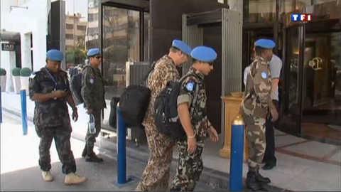 Syrie : la mission de l'Onu suspendue, Homs menacée par les bombes