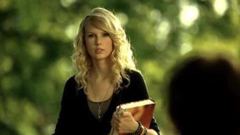 Taylor Swift - Love Story (2009)