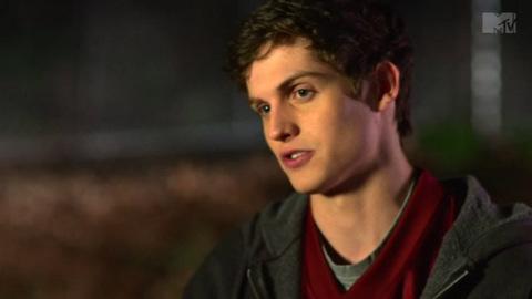 Teen Wolf - 2x02 - Shape Shifted - Featurette - A New Werewolf