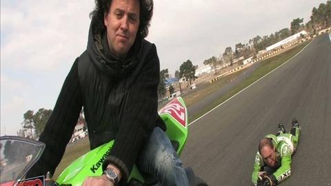 Les têtes à claques vont au Mans (moto journal)