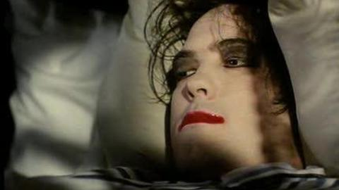 The Cure - Lullaby (2014)