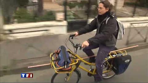 """A Toulouse, les """"zéco-plombiers"""" se déplacent à vélo"""