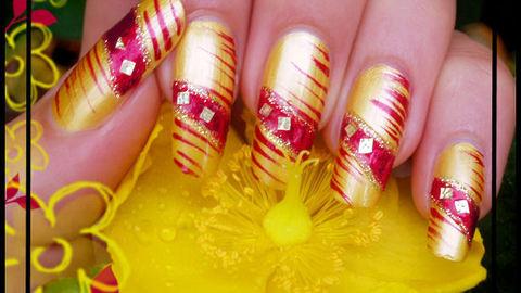 tutoriel de nail-art ongle rouge et jaune + foil