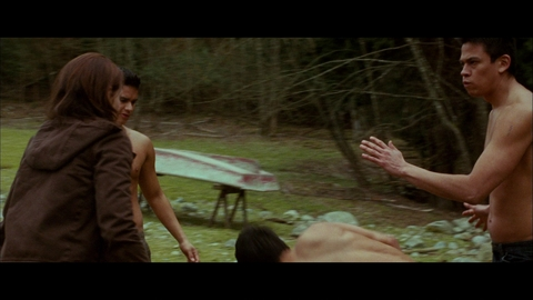 TWILIGHT - CHAPITRE 2 : Extrait Jacob sauve Bella
