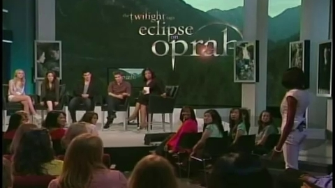Twilight 3  - Eclipse - Robert Pattinson, Kristen Stewart, Taylor Lautner et Dakota Fanning chez Oprah - Partie 5 (Hésitation)