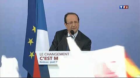 """La vague """"haute et puissante"""" d'Hollande"""
