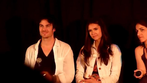 Vampire Diaries - Michael, Candice, Ian et Nina à la Convention Mystic Love à Nimes
