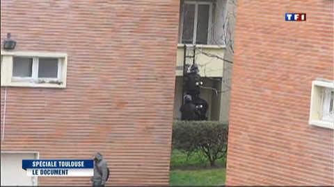 Vidéo amateur : les 32h de l'opération du Raid filmées par un voisin