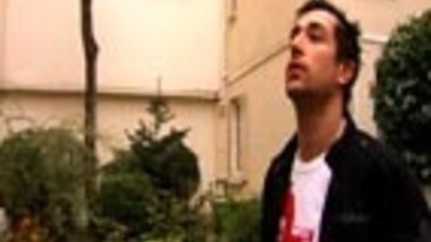 """WILLIAM DE FLY : le clip de """"La première fois""""y"""