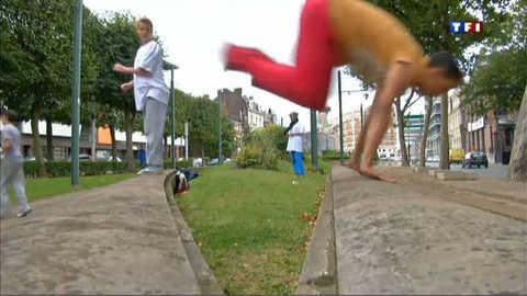 Les Yamakazi : des acrobates en ville