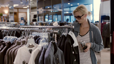 "Young Adult : extrait ""Shopping"" VOST"